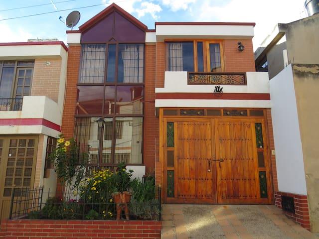 Casa Villa Vianney - Paipa, Boyacá