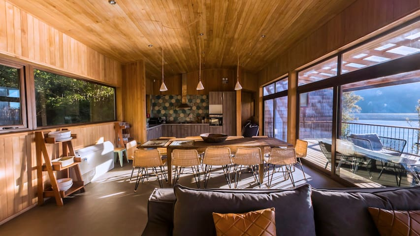 5.Espectacular Casa en Lago Huillinco / Chiloé
