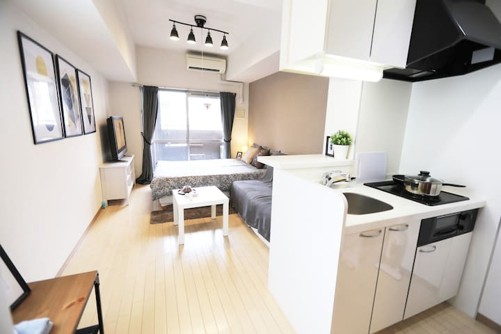 Close to Shinsaibashi,Nipponbashi,Namba s.t. 607