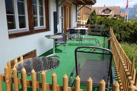 Apartment mountain view - Ringgenberg - Lejlighed