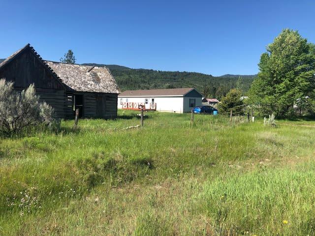 Swan Valley Hideaway