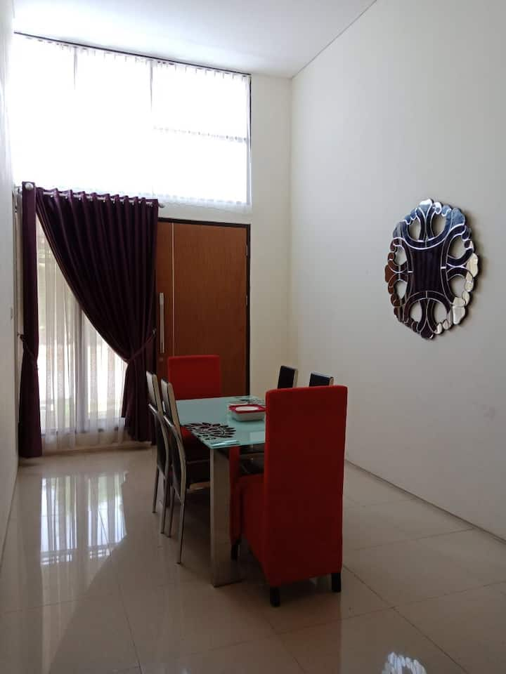 Citra Garden BMW Comfort House