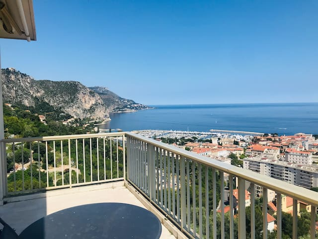 Beautifull sea view apartment S-E