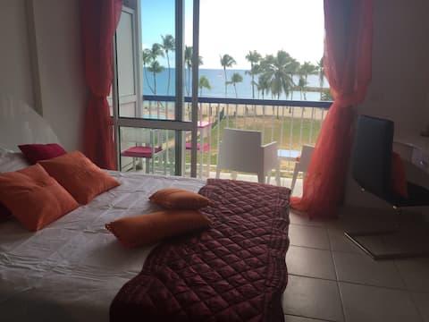 Exclu-Studio vue mer-3e étage-accès plage direct