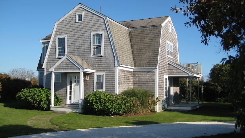 Nantucket: Stay Near A Quiet Beach This Summer