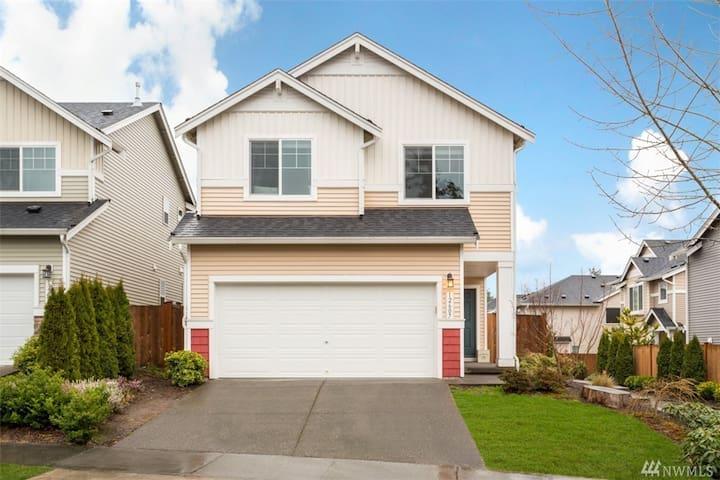 Charming 3bed house in Millcreek/Bothell/Everett - Everett - Casa