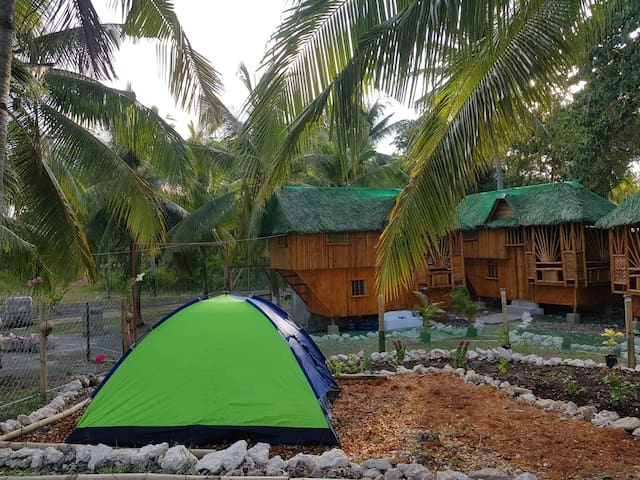 3/4Tent Nirvana resort, shared hot shower/toilet