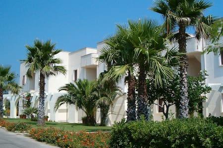 Comfy apartment with balcony near the Puglia beach