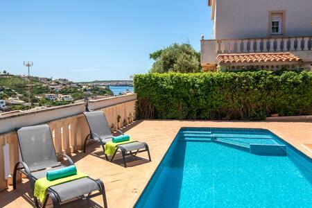 Villa Gaviota - Seaviews - Free AC & WiFi