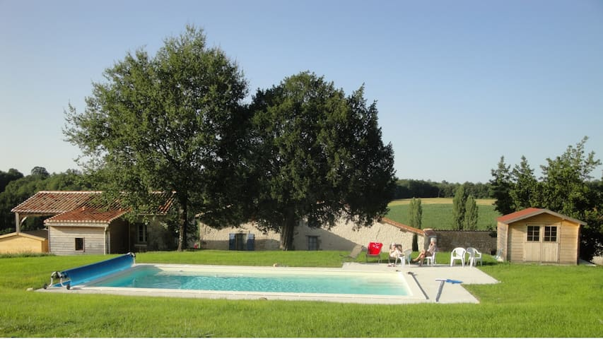 Laurier Holiday Cottage with Pool - Juignac - Casa