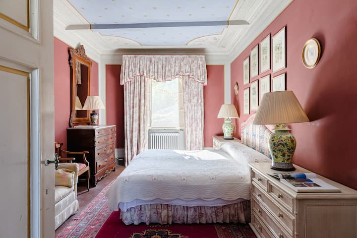 Nottolini Room - In a Historical Villa in Tuscany