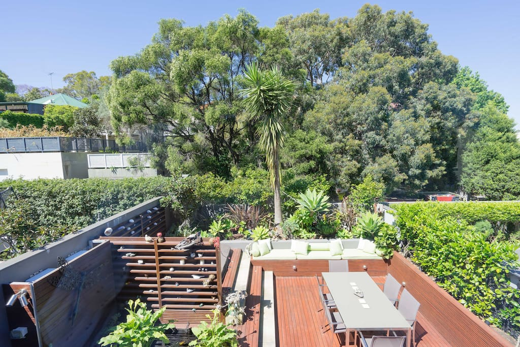 Enjoy your own private oasis - perfect for enjoying the Sydney outdoors