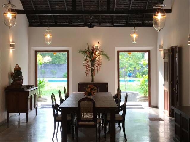 Luxury Colonial house in Balapitiya - Balapitiya - Villa