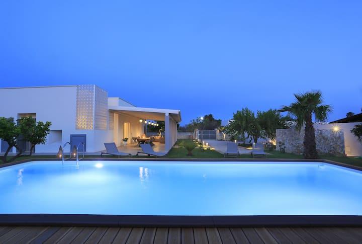 Villa di lusso con piscina a Gallipoli, Baia Verde  LE07503162000021984