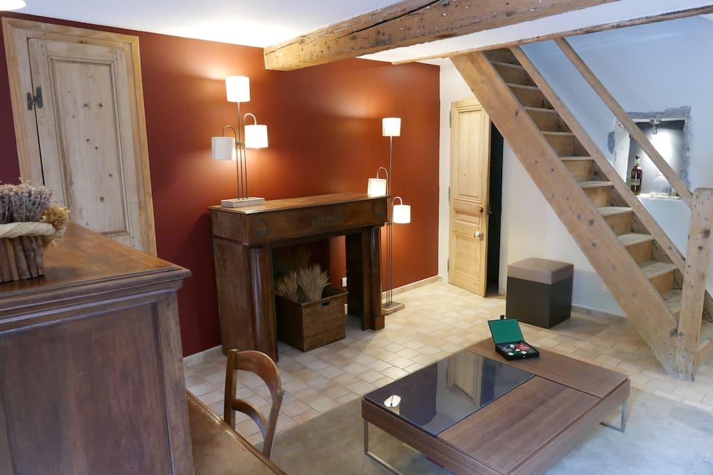 Salon coté cheminée