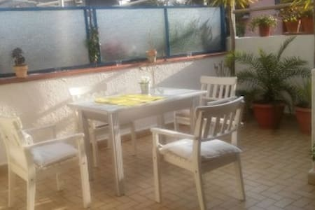 Appartamento con terrazza a Gravina di Catania - Gravina di Catania - Wohnung