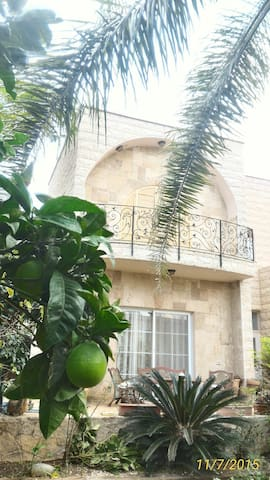 Country side home & garden - Kaukab Abu al-Hija - House