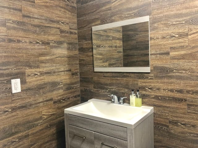 Spacious, full bathroom with all the basics and more provided