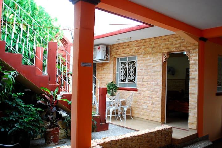 Villa Irure 3 (Wifi free+Terrace+Garden)