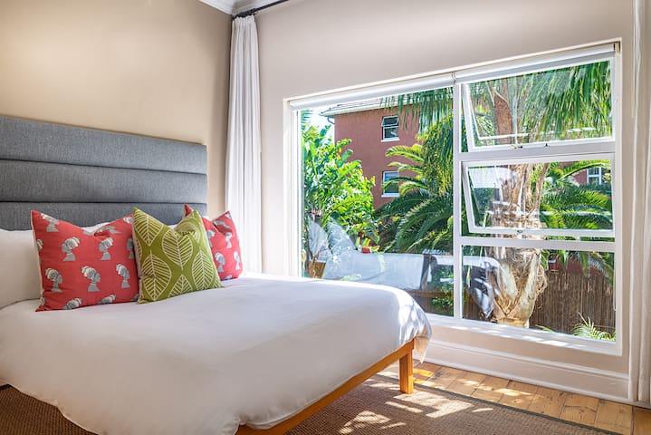 Antrim Villa - Double Room 4