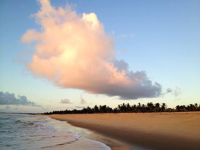 Casa em Praia Incrível em Guaiú - Santa Cruz Cabrália - House