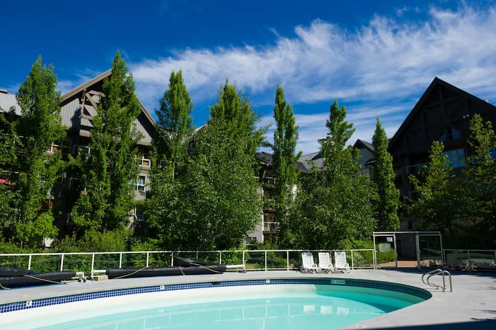 Aspens @ Blackcomb Short Term Monthly Rental
