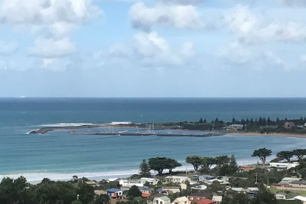 View from Marriners Lookout, about 1 km from Villa St Martin, a good walk