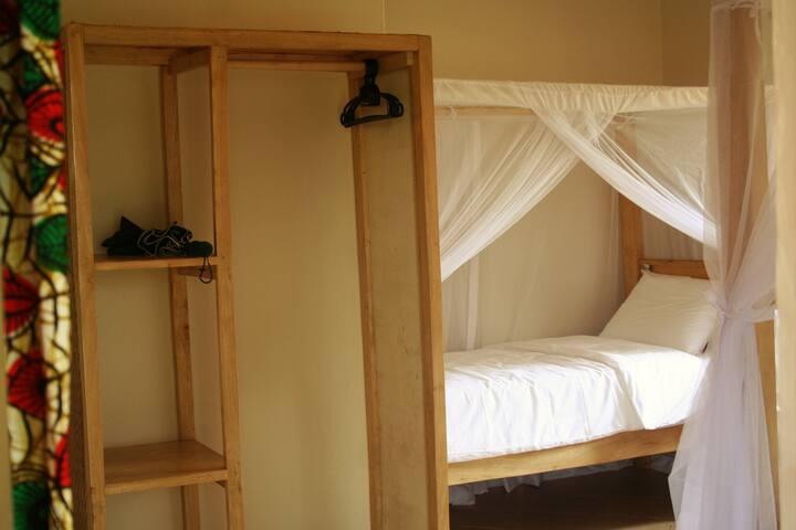 Bromelia Guesthouse - Garden room 1