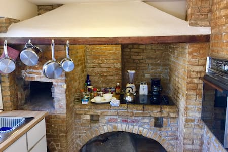 Historic Danish Kitchen w/Wi-Fi - Charlotte Amalie