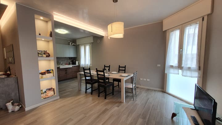 Bartolino-quiet and new flat close to the station