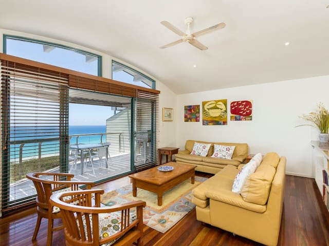 Lookout Unit 5 | 2 Bedroom, 2 Bathroom, Sleeps 4