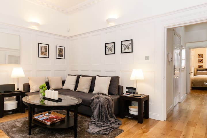 NEW LUXURY 3BEDS/2BEDR COVENT GARDEN, 3min subway