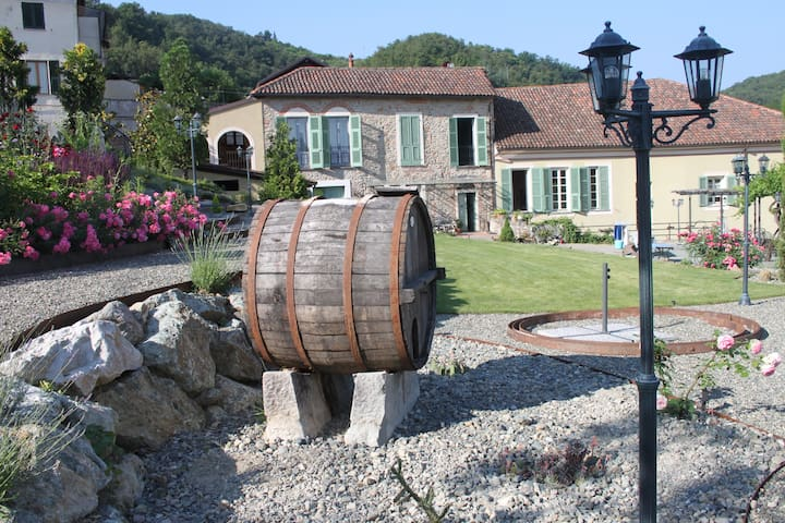 Bed and Breakfast im Piemonte Italy - Grognardo - Bed & Breakfast