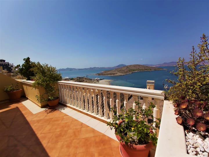 Large luxury house in the best area of La Manga