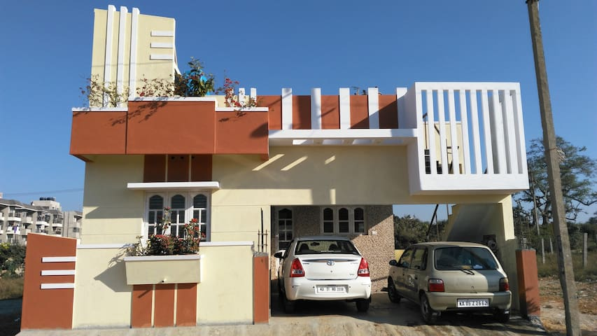 Fully Furnished Independent House in Bangalore