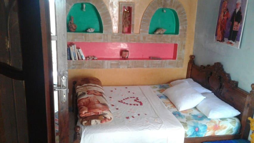 confortable bed