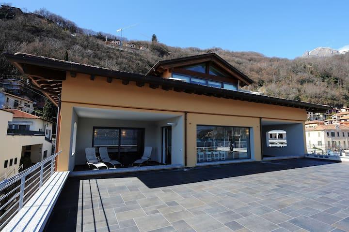 Villa Riva composed of Riva Penthouse and Riva Grande