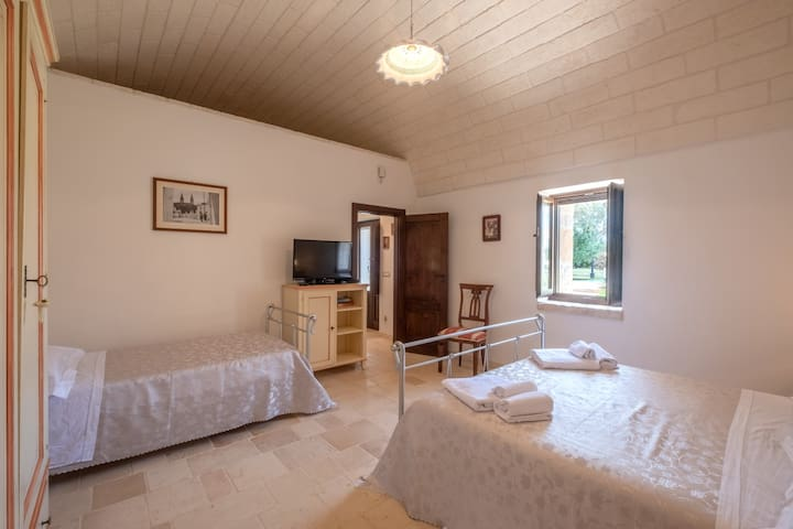 Second triple room with bathroom
