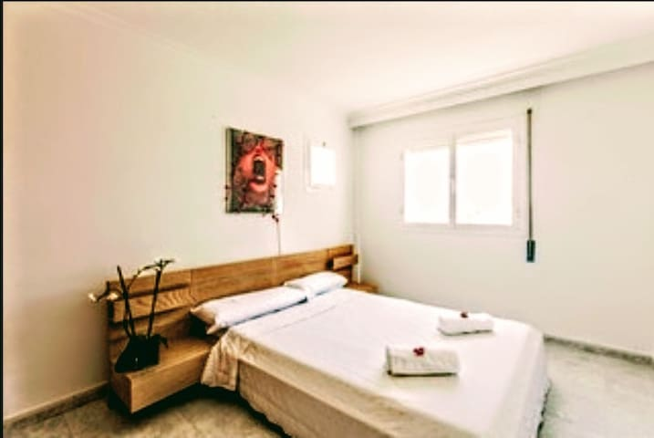 Double Big Room Marina Botafoc