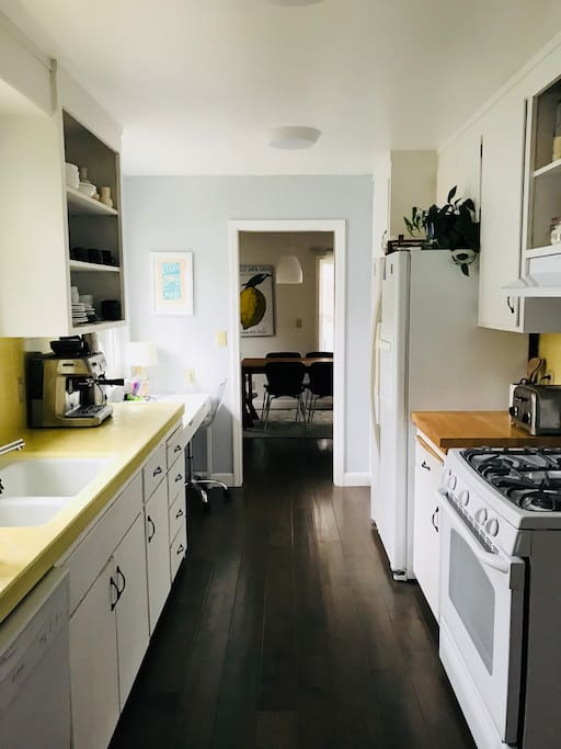 Kitchen with original 1960s tile