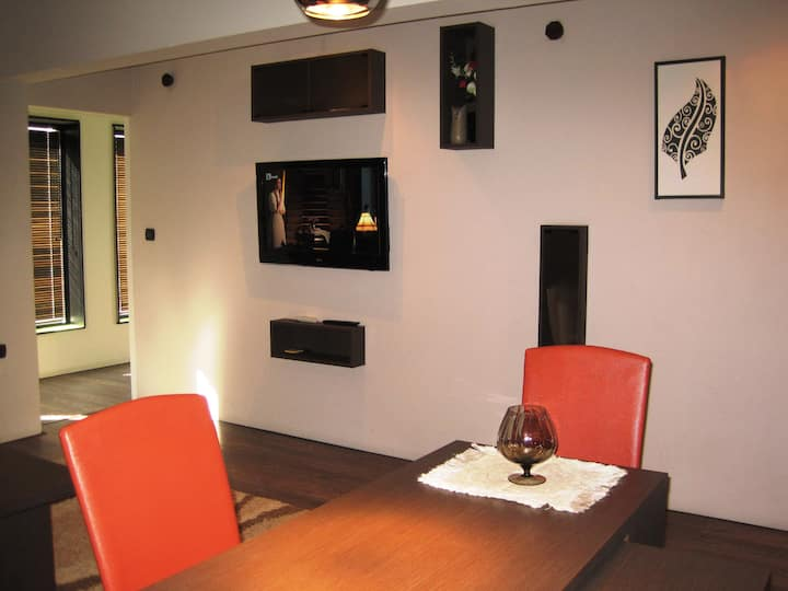 Modern and quiet flat in a great central location