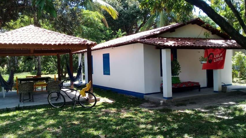 Casinha confortável, sítio na Praia dos Carneiros.