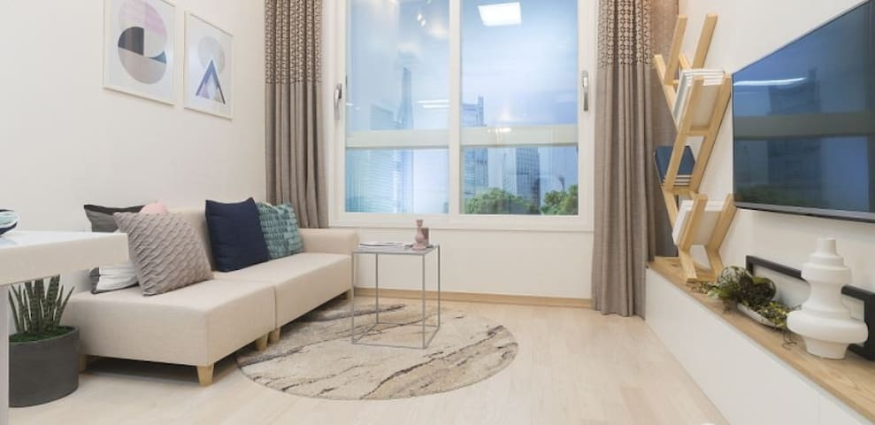 Clean Gangseo-gu private room with good quality