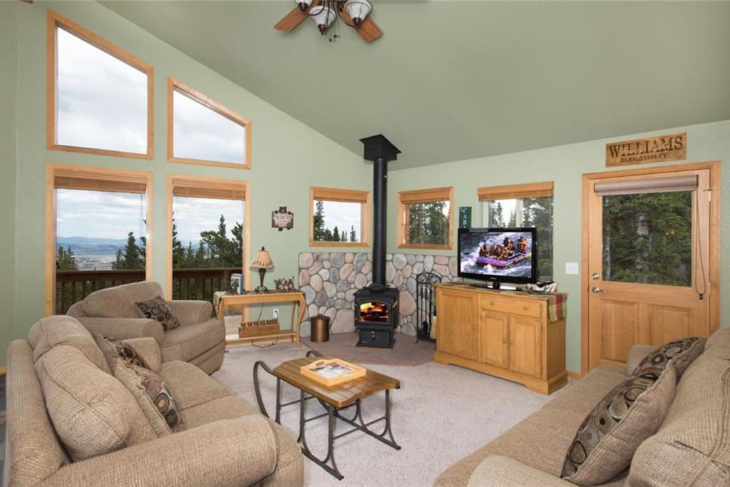 Upper level seating area - great for morning sunrises, gathering with family or snuggling in for an evening movie.