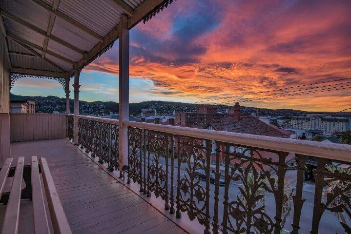 #yorkcentraltas-CBD with Sunset Views+Movies