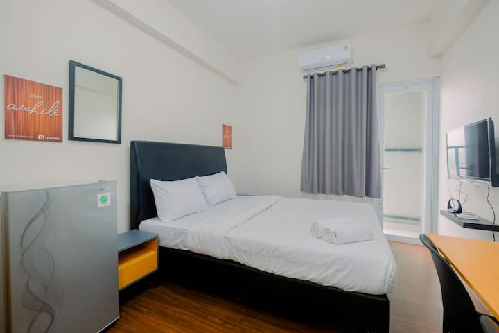 Modern Studio Room Apartment at Bogorienze Resort