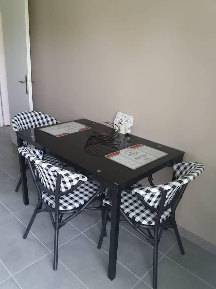 Appartement dans maison à louer