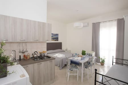 🍀Center of Pompeii with parking+Wi-FI free (2)👍