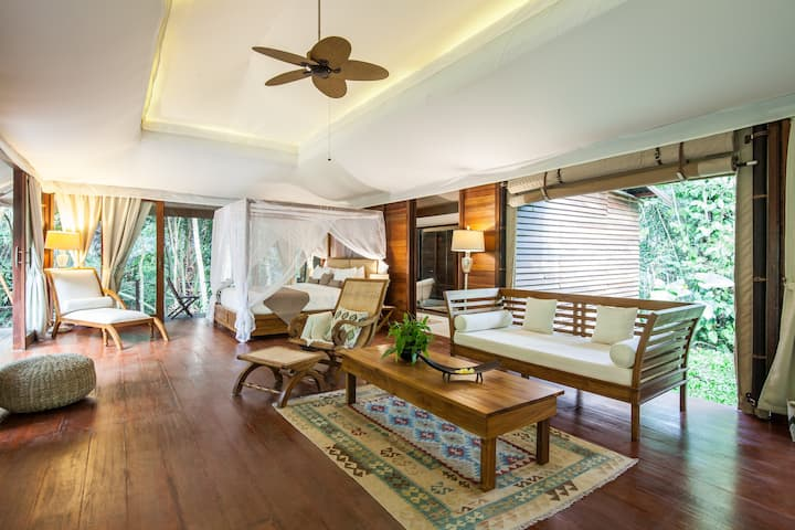 Tukad Royal Suite Glamour Camping by the river