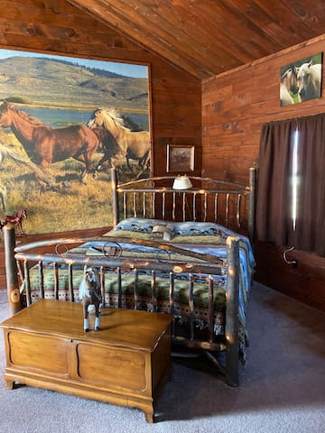 The Horse's Run, California King, at a BnB